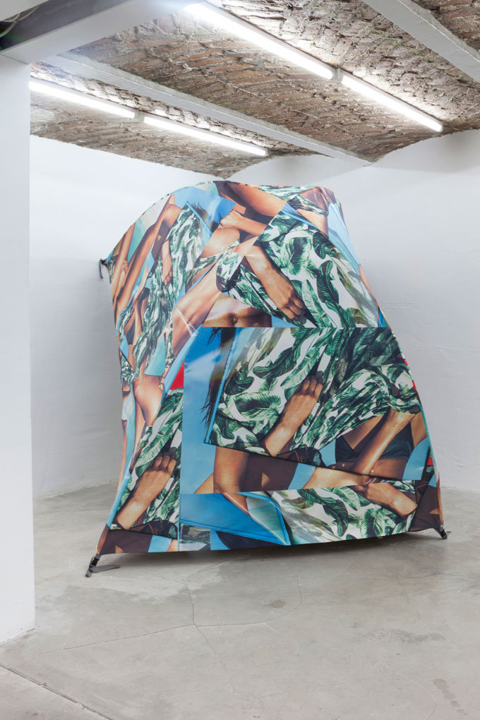 Heit | Carolin Seeliger »Soul Camp«, Camp 1, 2015, 170 X 225x 120cm Tent, Print On Cloth