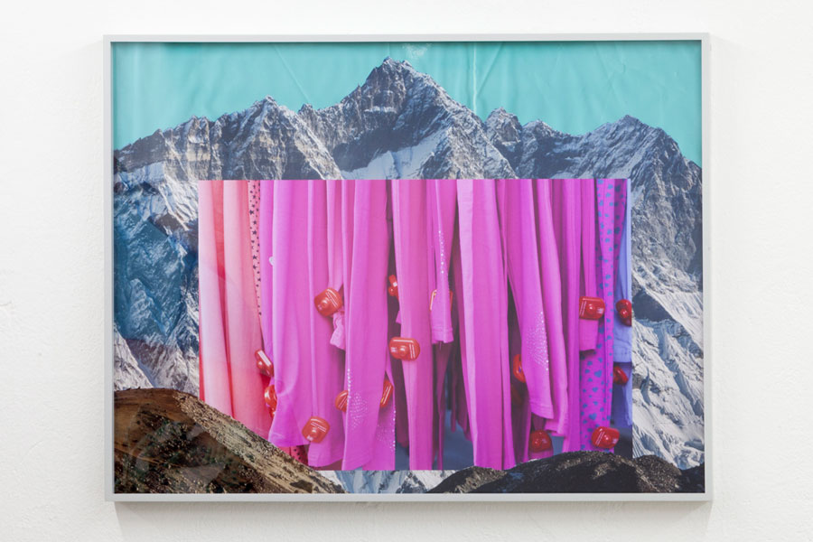 Heit | Carolin Seeliger »Soul Camp«, Untitled, 2015, 55 X 80 Cm, Digital C Print, Framed
