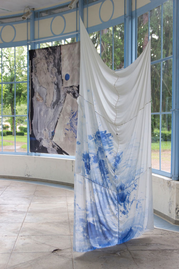 SELKET CHLUPKA, La Source II, 2016, Installationsansicht, Detail, Mixed Media, At Parc Saint Léger Centre D'art Contemporain, France, 190 X 150 Cm © Selket Chlupka