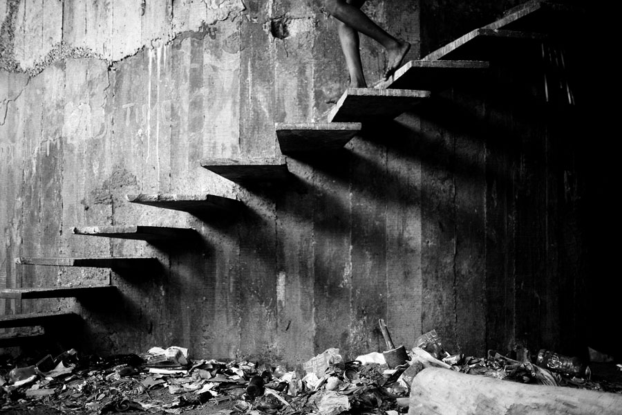 © Mário Macilau: »Stairs Of Shadows«, From The Series »Growing In Darkness«, 2012-2015