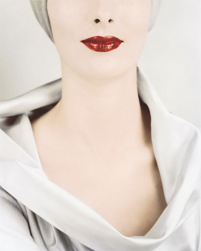 Erwin Blumenfeld, Le Décolleté (The Décolleté), Victoria Von Hagen, For Vogue, New York, 1952 © The Estate Of Erwin Blumenfeld