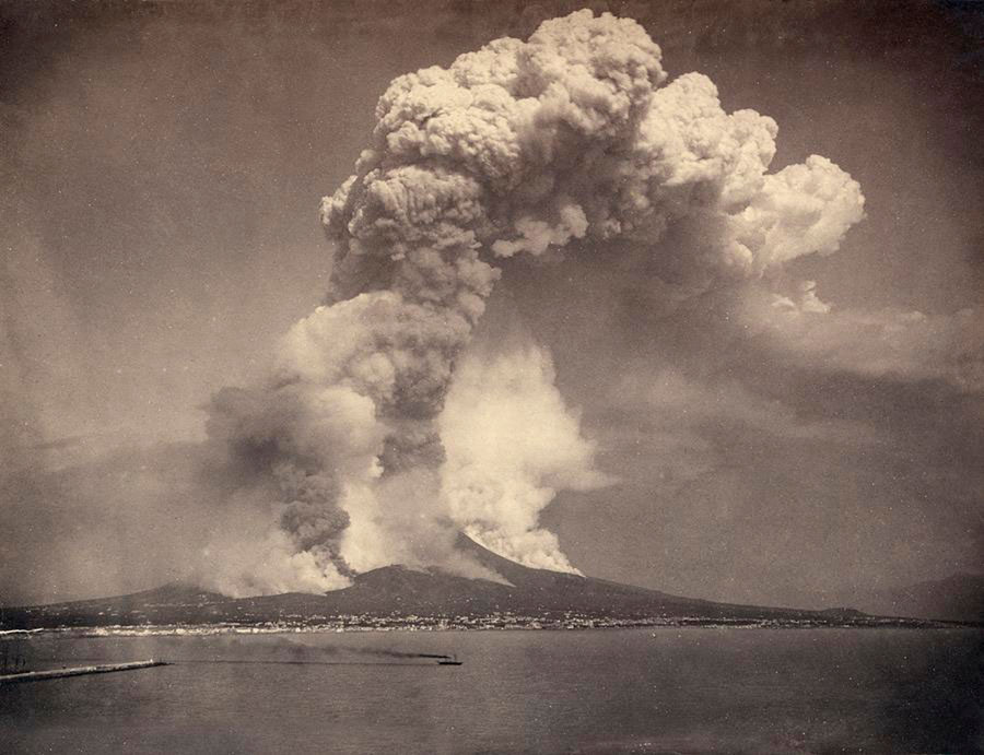 Giorgio Sommer, Mount Vesuvius, 1872 © Olbricht Collection, Photo Galerie Bassenge, Berlin