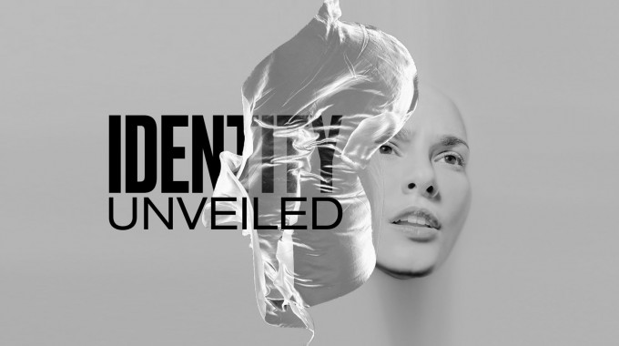 GlogauAIR | Uncoated Presents »Identity Unveiled«