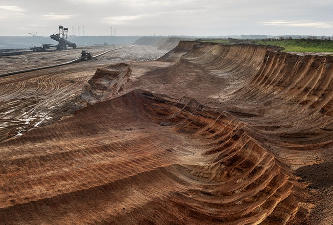 Galerie Springer Berlin | Edward Burtynsky »Anthropocene – New Photographs«