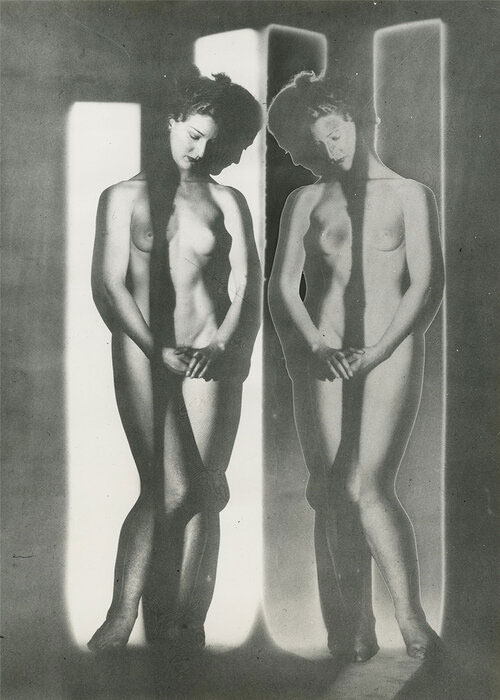 Solarized Double Mirror Cubist Nude, New York, 1945 © 2019 The Estate Of Erwin Blumenfeld, Courtesy Howard Greenberg Gallery, NYC