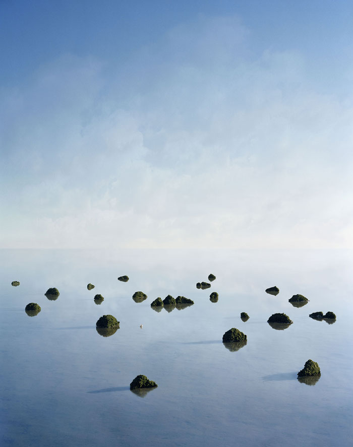 Thomas Wrede, Islands, 2008, C-Print, 120 X 95 Cm, Edition: 6/7 © Thomas Wrede, VG Bild-Kunst, Bonn 2019 / Courtesy Galerie Wagner + Partner And The Artist