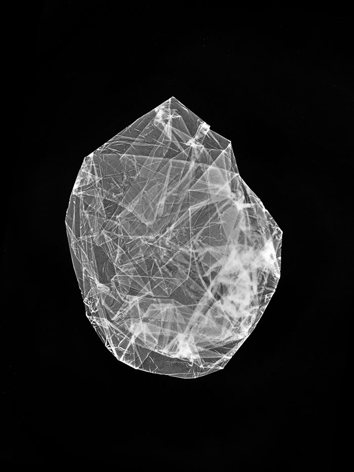 Isabelle Le Minh, Quarz #4, Series Cristallogrammes, After Alfred Ehrhardt, 2019, Photogram Of Objects From Archive Materials, Pigment Print On Baryte Paper, 28 X 20 Cm © Isabelle Le Minh / ADAGP, Paris 2020